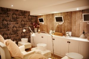 Cowshed St. Moritz Mani-Pedi area.. come, visit, relax